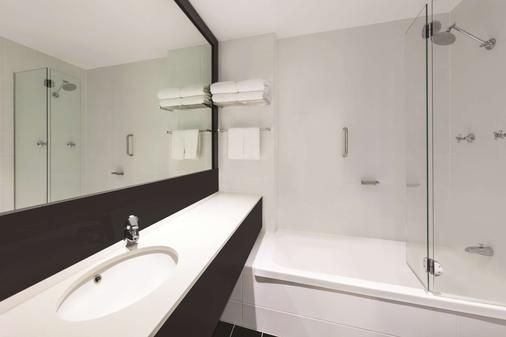 Vibe Hotel Gold Coast - Surfers Paradise - Μπάνιο