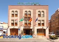 Hotel Los Arcos - Retamar - Building