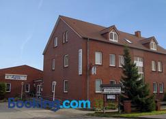 Landhotel Pagram-Frankfurt/Oder - Frankfurt an der Oder - Building
