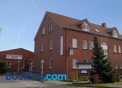 Landhotel Pagram-Frankfurt/Oder - Francfort-sur-l'Oder - Bâtiment