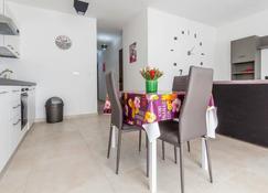 Joy Apartments Gzira - Il-Gżira - Salle à manger