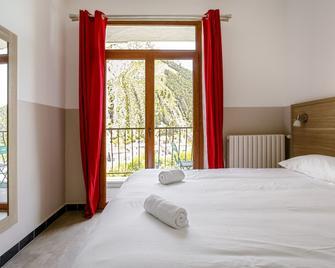 Hôtel De La Citadelle - Sisteron - Bedroom