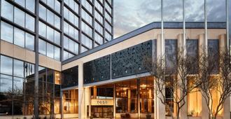 Crowne Plaza Dallas-Market Center - Dallas - Building