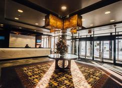 The Explorer Hotel Yellowknife - Yellowknife - Lobby
