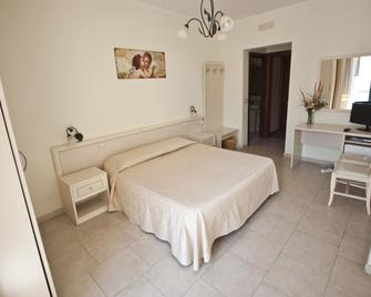 San Sebastiano Holidays - Acireale - Slaapkamer