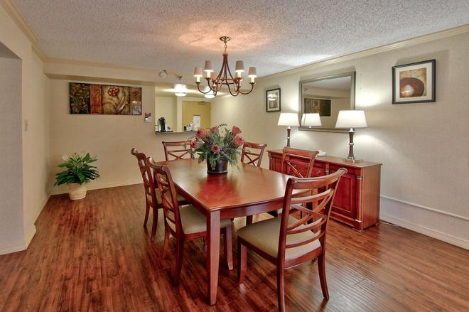 Hotel Elegante Conference and Event Center - Colorado Springs - Ruokailuhuone