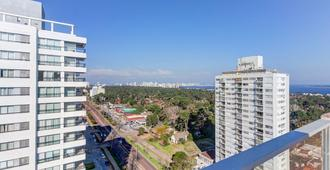 Gran penthouse con hermosa vista - Torre Marfil I - Punta del Este