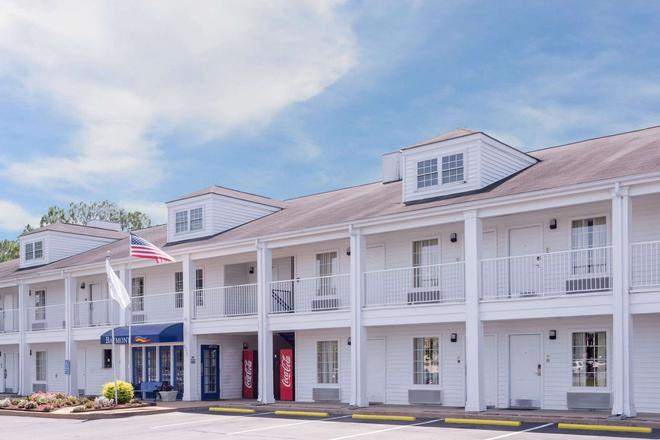 Baymont by Wyndham Albany at Albany Mall - Albany - Κτίριο