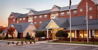 Residence Inn by Marriott Greensboro Airport - גרינסבורו
