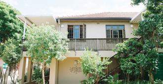 Mackaya Bella Guest House - Durban - Building