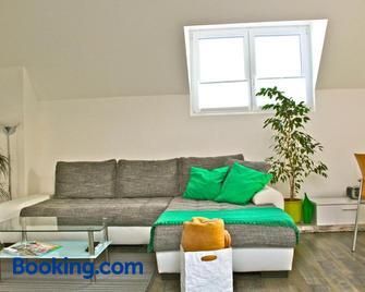 Ferien-Wohnen - Mautern - Living room