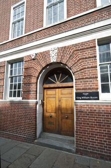 De Vere Devonport House - London - Toà nhà