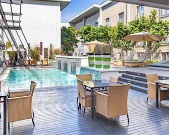 City Lodge Hotel at OR Tambo International Airport - Kempton Park - Pool