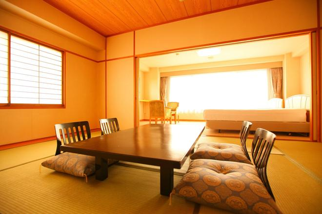 Hotel Mikawa Kaiyoukaku - Gamagōri - Comedor