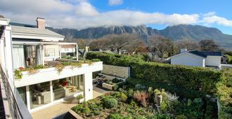 Thirty on Grace - Cape Town - Outdoor view