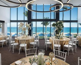 Tideline Ocean Resort & Spa - Palm Beach - Restaurant
