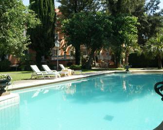 Hotel Villa Paradiso dell'Etna - San Giovanni la Punta - Басейн