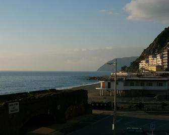 Hotel Ristorante Lido - Deiva marina - Building