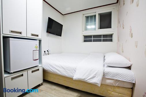 Jc Inn Dongdaemun - Hostel - Seoul - Bedroom