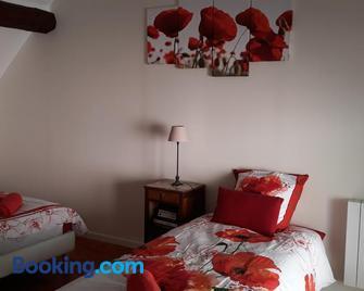 la maison rose: lieu atypique - Nemours - Schlafzimmer