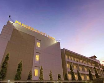 Hotel Pangeran City - Паданг - Здание