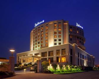 Radisson Blu New Delhi Dwarka - New Delhi - Building