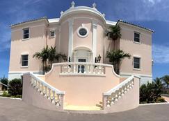 Ocean West Boutique Hotel - Nassau - Building