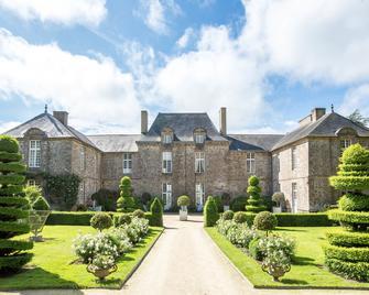 Château de La Ballue - Bazouges-la-Pérouse - Building