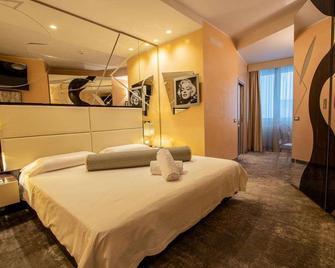 Hotel Corona - Tirano - Quarto