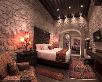 Hotel de la Soledad - Morelia - Bedroom
