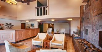 Best Western Plus Monterey Inn - Monterey - Lobby