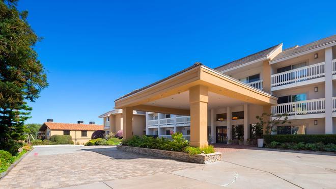 Best Western Plus Monterey Inn - Monterey - Κτίριο