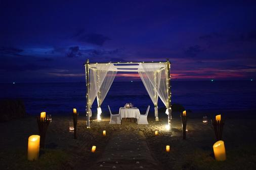 Rawi Warin Resort and Spa - Ko Lanta - Banquet hall