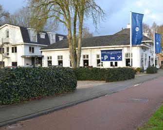 Fletcher Hotel-Restaurant Het Veluwse Bos - Beekbergen - Edificio
