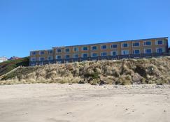 Sailor Jack's Oceanfront Inn - Lincoln City - Edificio