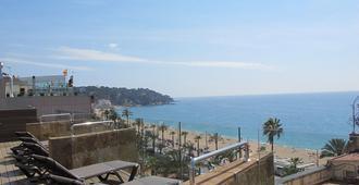 Hotel Metropol - Lloret de Mar - Näkymät ulkona