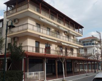 Nebo Hotel - Olympiaki Akti - Building