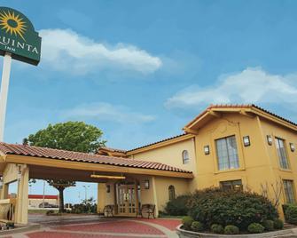 La Quinta Inn by Wyndham Abilene - Abilene - Building