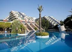 Limak Limra Hotel - Kids Concept - เคเมอร์ - สระว่ายน้ำ