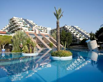 Limak Limra Hotel & Resort - Kemer - Pool