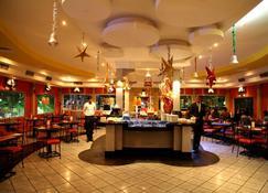 The Floatel Hotel - Kolkata - Restaurant