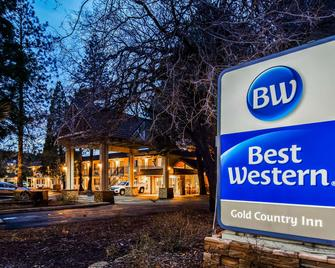 Best Western Gold Country Inn - Grass Valley - Building