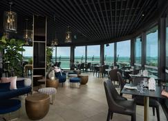 Riley, a Crystalbrook Collection Resort - Cairns - Restaurante