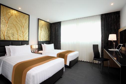 Nova Express Pattaya Hotel - Trung tâm Pattaya - Phòng ngủ