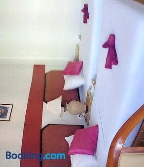Pro Andaman Place - Karon - Phòng ngủ