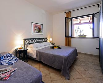 Oasis Hotel Residence & Resort - Lampedusa - Bedroom