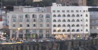 Yacht Marina Hotel - Pantelleria