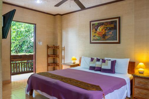 Hayahay Resort - Panglao - Schlafzimmer