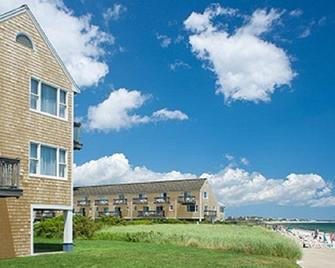 Ocean Mist Beach Hotel & Suites - South Yarmouth - Building