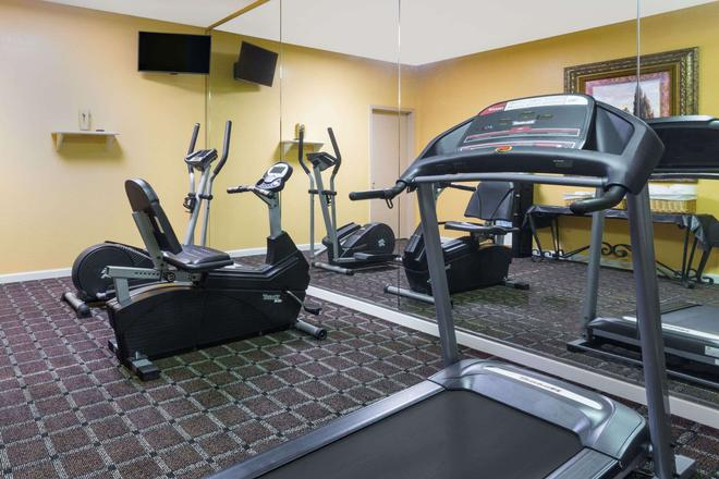 Baymont by Wyndham Mobile/Tillmans Corner - Mobile - Gym